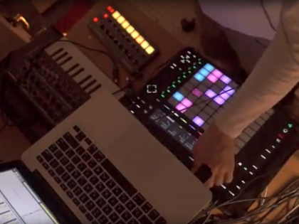 New track – 'Gods' – Live mix